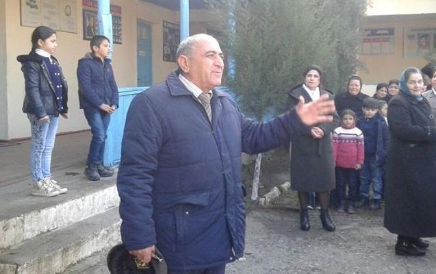 """""""Şagirdlər repetitor yanına getmədən də universitetə qəbul oluna bilərlər"""" - 37 ilin direktoru"""