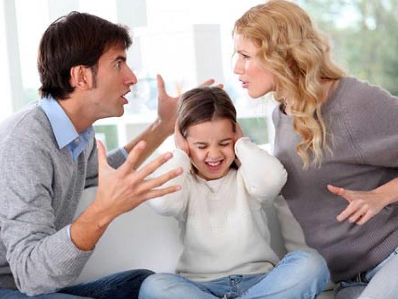 Valideynlər arasında dava-dalaş uşaqlara necə təsir edir?