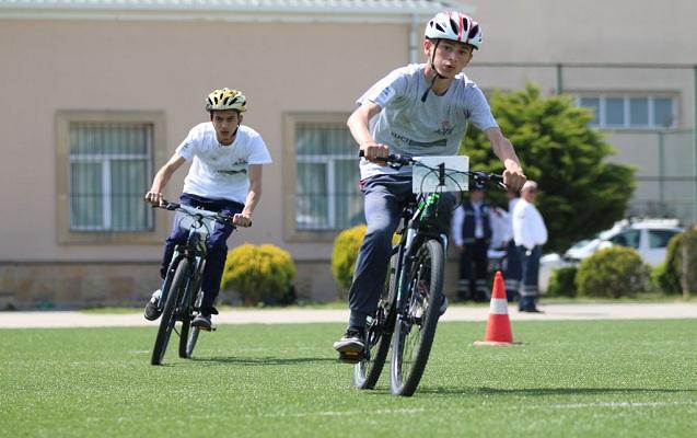 Bakıda 2 min şagird velosiped yarışında iştirak edib