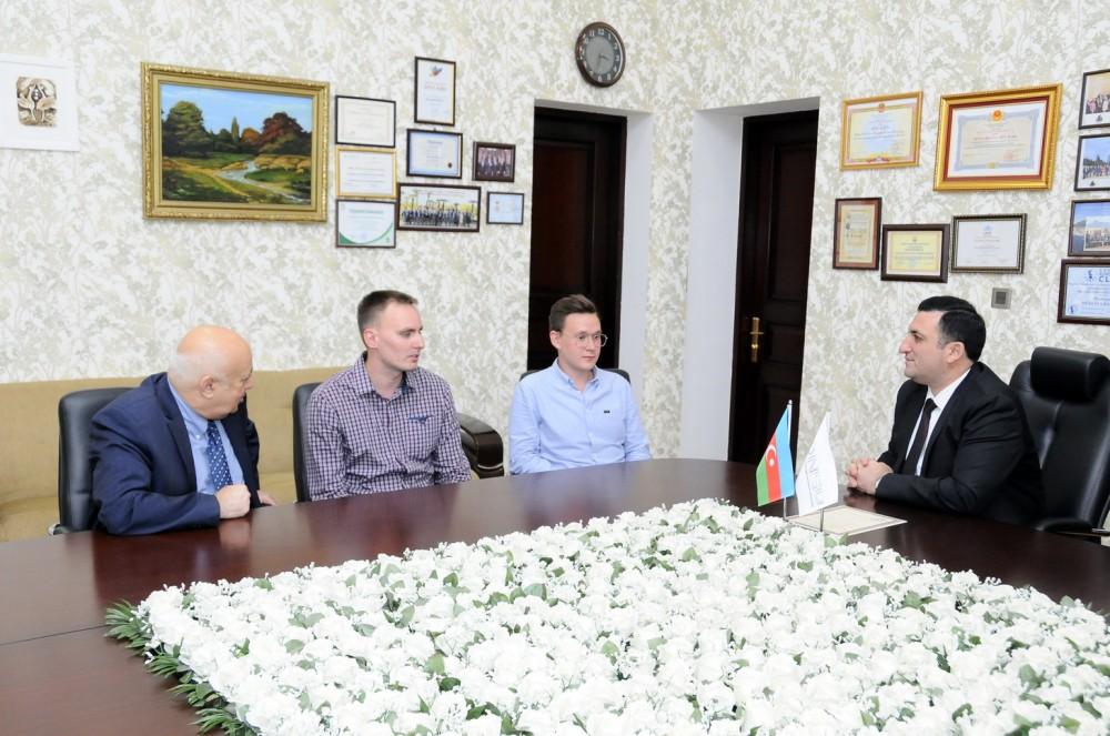 ADNSU-nun rektoru rusiyalı magistrlərlə görüşüb - FOTO