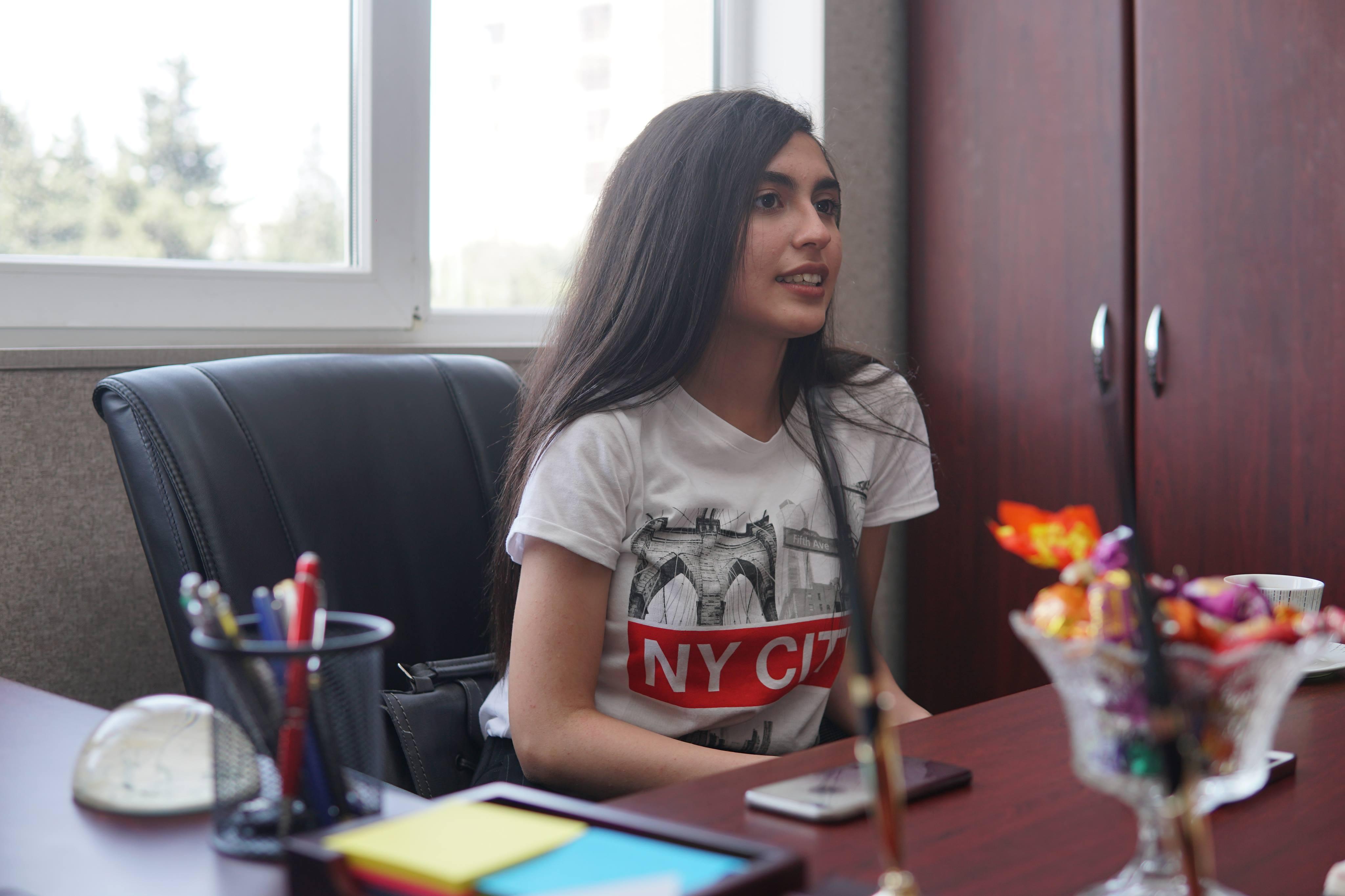 """""""Prezident mənə baxıb gülümsəyirdi..."""" – 700 bal toplayan Cocuq Mərcanlı qızı (MÜSAHİBƏ)"""