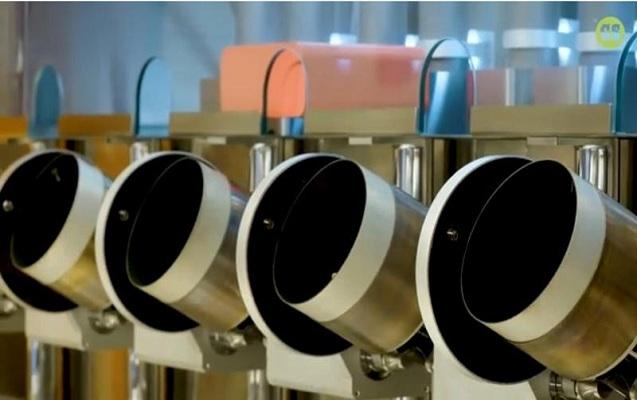 Dünyada İLK: tamamilə robotlaşdırılmış restoran işə başladı - VİDEO