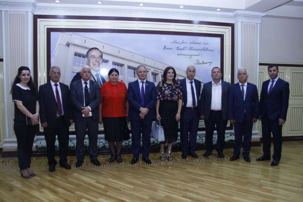 Bakı Dövlət Universitetində yay imtahan sessiyasının monitorinqi aparılıb - FOTOLAR