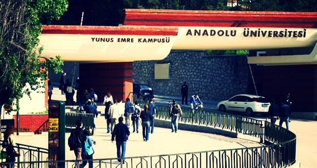 Azərbaycanlıların axışdığı bu Türkiyə universitetinin diplomu bizdə tanınmır – Ekspertdən valideynlərə çağırış