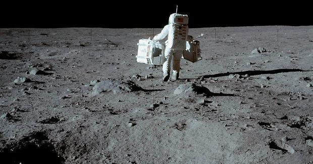 NASA astronavtların Ayda yıxılmalarını göstərdi - VİDEO