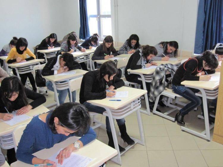 Orta ixtisas təhsili müəssisələrinin boş qalan plan yerlərinə ixtisas seçimi davam edir
