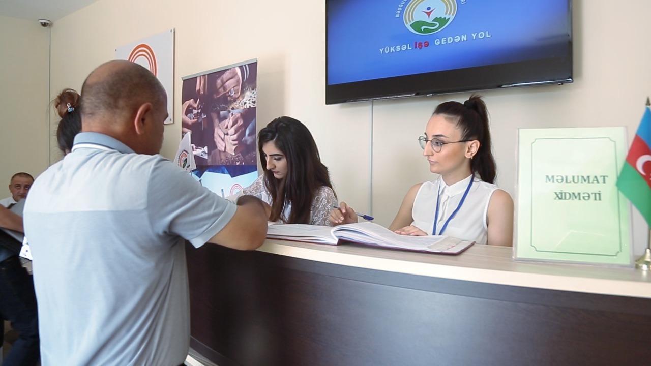 Ali təhsilli gənclər üçün əmək yarmarkası keçirilib - FOTO