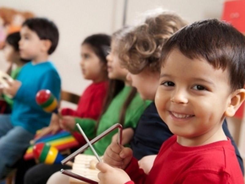 Bağçalarda uşaqların inkişafını ləngidən 8 əşya - SİYAHI