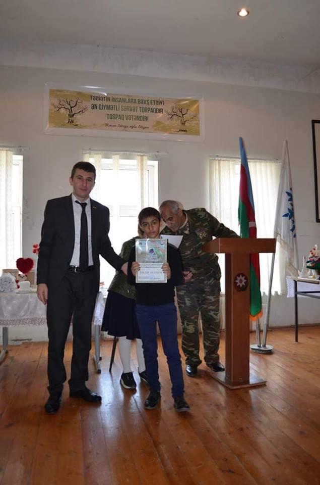 Bərdədə Bayraq günü anıları – Bölgə müəlliminin reportajı - FOTOLAR