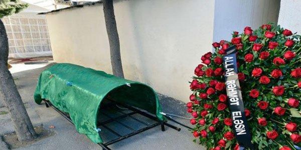 BDU-nun kafedra müdiri vəfat etdi - FOTO