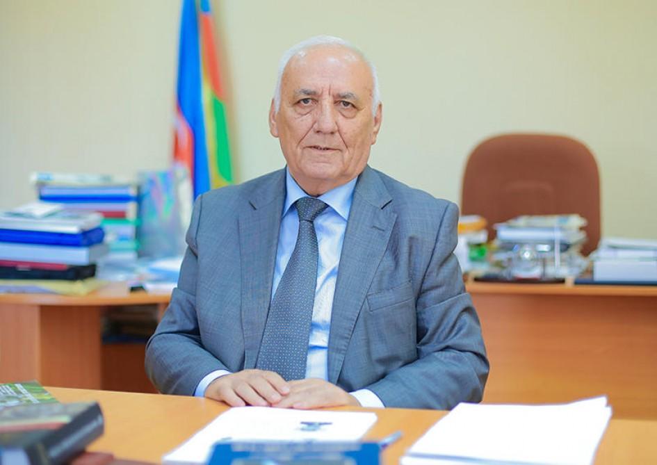 Akademik Yaqub Mahmudovun 80 yaşı tamam olur
