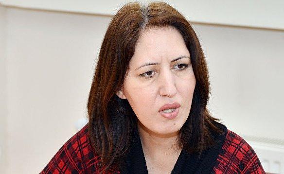 """Dövlət Komitəsinin rəsmisi: """"Bəzi valideynlər azyaşlı qızını öz yaşında olan kişiyə ərə verir"""" - MÜSAHİBƏ"""