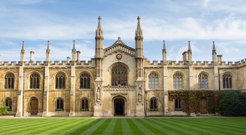 Kembric Universitetinin alimləri ilkə imza atdı