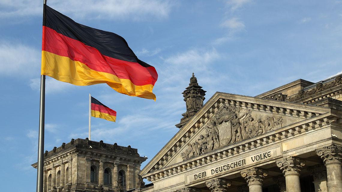 """Almaniyada oxumaq istəyənlərin bilməli olduğu ən vacib məsələ - """"Almancanız yoxdursa..."""""""