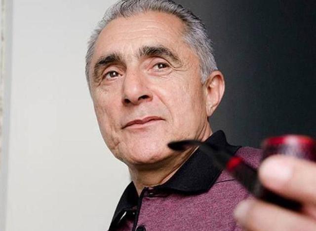 """Alim Qasımovun parta yoldaşı: """"Dolanışığı çətin idi, maşınla qatıq-pendir də satıb"""" - LAYİHƏ"""