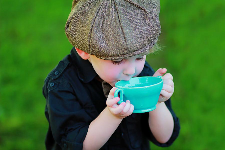Valideynlərin diqqətinə: Uşaqları şirinçayla böyütməyin fəsadları