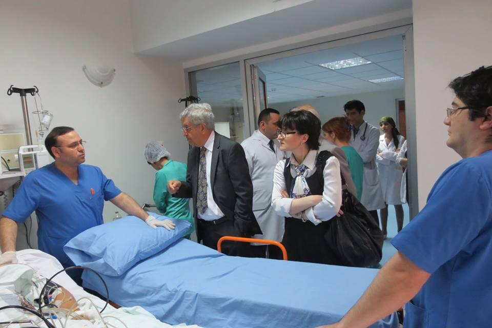 AmerikadaAzərbaycan təşkilatına1milyon dollarlıqbina alan azərbaycanlı professor -FOTO