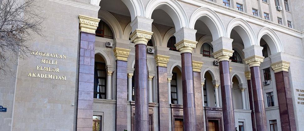 AMEA-nın magistrant və doktorantlarına mənzil verildi - Yataqxanada