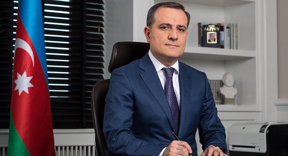 """Ceyhun Bayramov: """"Kollec məzunları bura qəbul ola bilməz"""""""