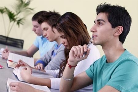 İmkansız abituriyentlər üçün inanılmaz fürsət -Pulsuz hazırlıq kursları