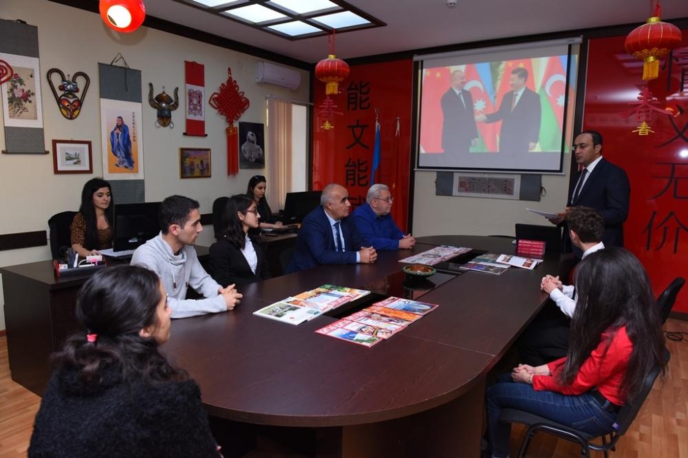Azərbaycan-Çin esse müsabiqəsinin qalibləri mükafatlandırılıb