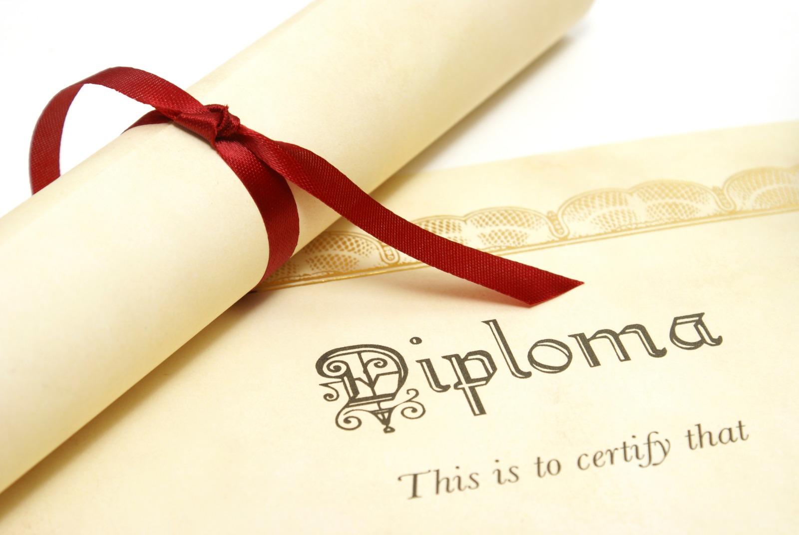 Xarici universitet diplomlarının tanınmasında kimlərə xüsusi güzəştlər edilir?