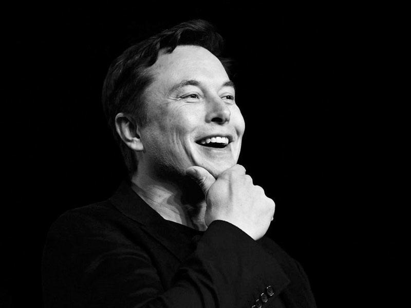 Elon Musk ilə birlikdə çalışmaq üçün ali təhsil sahibi olmağa ehtiyac yoxdur