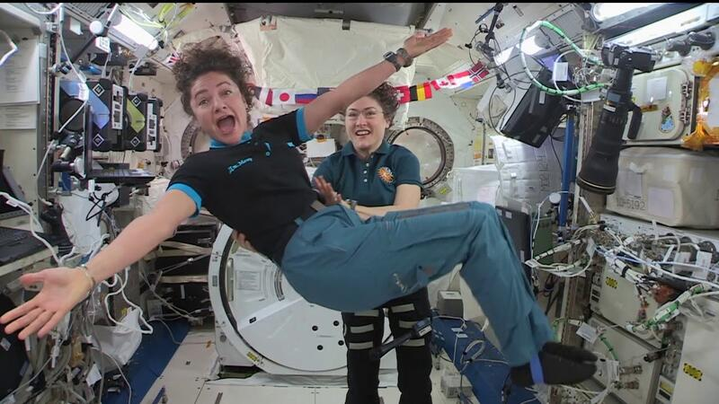 Təkbaşına ən uzun kosmik uçuş həyata keçirərək tarix yazdı - VİDEO