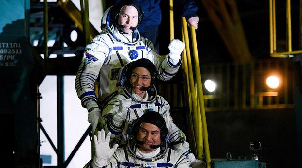 NASA-nın qadın astronavtı rekord vurdu