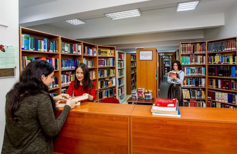 1 milyon elektron resurs, 106 min kitab və jurnalı olan universitet kitabxanası