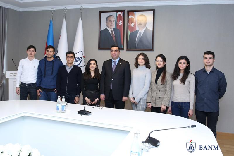 Bakı Ali Neft Məktəbinin 8 tələbəsi BP şirkətindən iş təklifi aldı