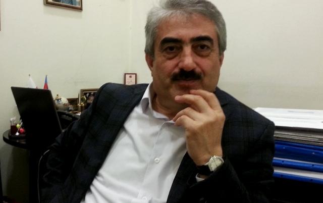 """Tanrıverdi Mustafayev: """"Ailəmlə birlikdə qaldığım yataqxanada bizi yemək bişirməyə də qoymurdular"""""""