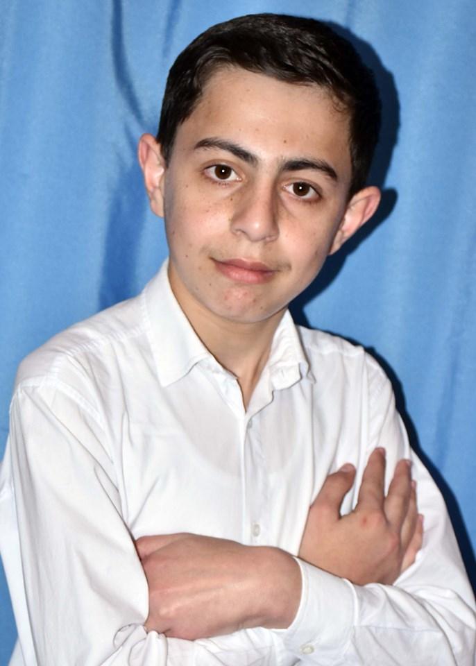 Məcburi köçkün məktəbinin olimpiada qalibi olan şagirdi – Güclü ölkələri necə qabaqladı?-FOTO