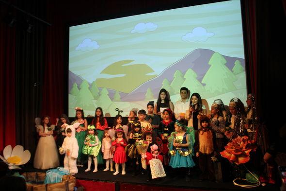 Kino Evində uşaqların iştirakı ilə ingilis dilində tamaşa baş tutdu - FOTO