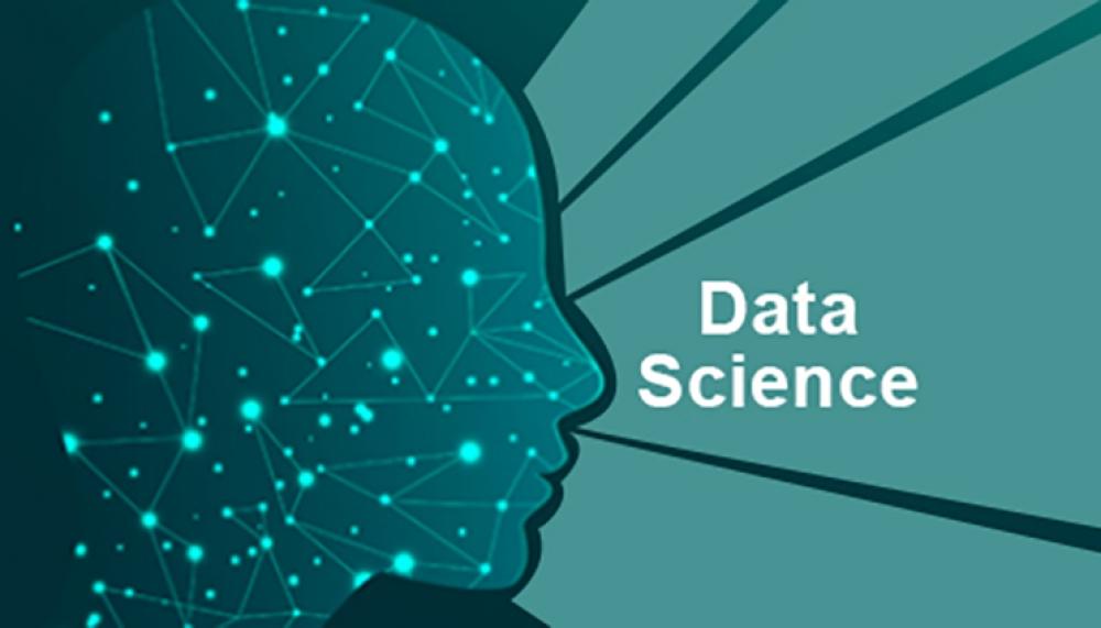 """""""Data Science üçün riyazi statistika"""" mövzusunda məruzə təqdim olunub"""