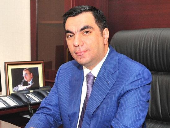 Rektor 1 aylıq maaşını KMDF-yə köçürdü