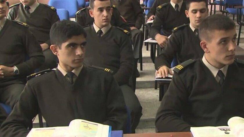 Bütün hərbi təhsil müəssisələri aprelin 13-dək bağlandı