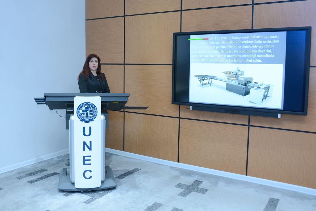 UNEC-də gün ərzində 9200 tələbəyə distant dərslər keçilir -FOTO