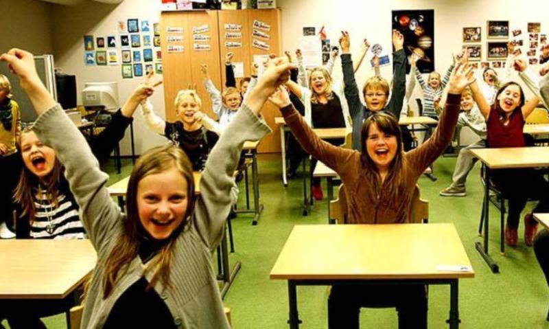 Norveç və Danimarkada məktəblər karantindən çıxır