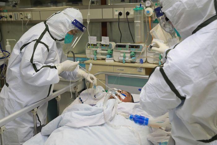 Alimlər koronavirus xəstələrinin ağırlıq vəziyyəti ilə bağlı yeni metodika təklif etdilər- ARAŞDIRMA