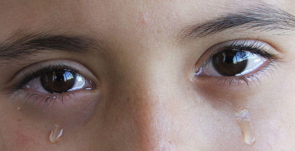 Alimlər göz yaşının təhlükəli xüsusiyyətini ortaya çıxardı: Koronavirus daşıyıcısı...