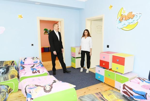 İlham Əliyev və Mehriban Əliyeva Şamaxıda körpələr-evi uşaq bağçasının açılışında iştirak ediblər- FOTO