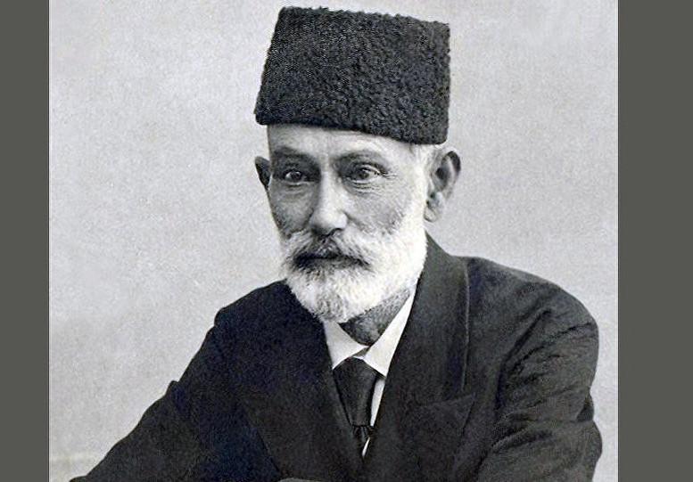 """Zərdabinin kasıb şagirdlər üçün çəkdiyi əzablar, ona bağışlanan """"sərvət"""" - Anım günü"""