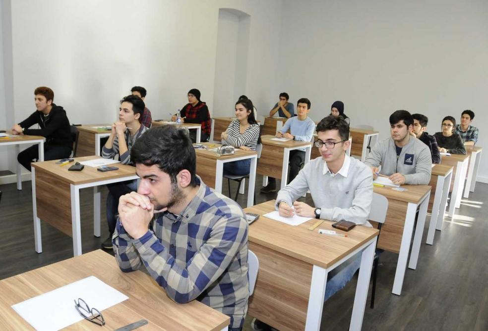 Azərbaycan-Fransız Universitetinin magistraturasına sənəd qəbulu yekunlaşıb