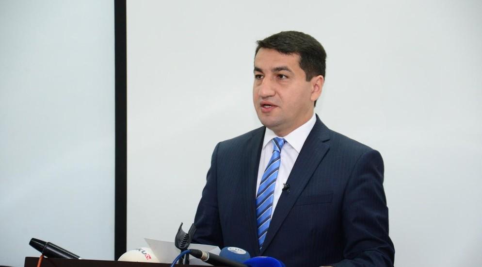 Məktəblərin yeni tədris ilində açılması məsələsi müzakirə olunur-Hikmət Hacıyev
