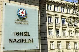 Nazirlik dərslikdə erməni bayrağının rənglərinin olması iddiasına cavab verdi: