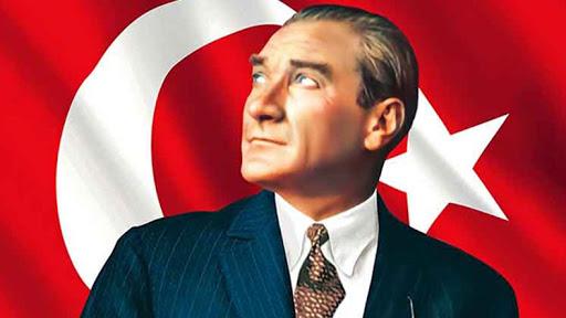"""""""Yanında Həmişə """"Çalıquşu"""" Kitabını Gəzdirərdi"""" – Atatürk Haqqında Maraqlı Faktlar"""
