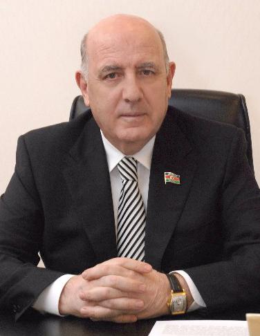 """Əhliman Əmiraslanov:""""Təhsilin, insan kapitalının inkişaf etdirilməsi dövlət siyasətinin prioritetidir"""""""